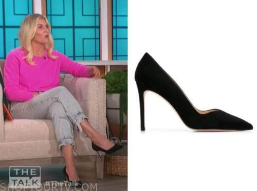 amanda kloots, the talk, black suede pumps