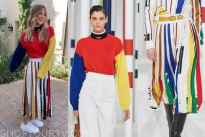 kaley cuoco, the kelly clarkson show, colorblock turtleneck and pleated skirt