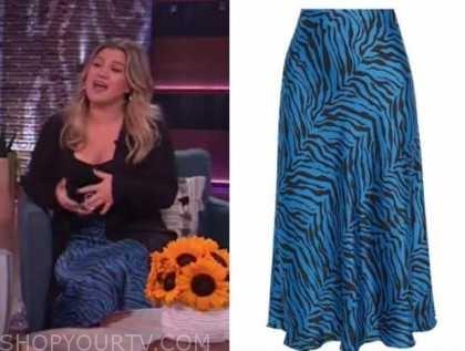 kelly clarkson, the kelly clarkson show, blue zebra print midi skirt