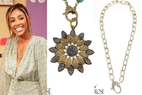 tayshia adams, the bachelorette, flower pendant necklace