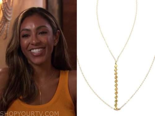 tayshia adams, the bachelorette, gold chain drop necklace
