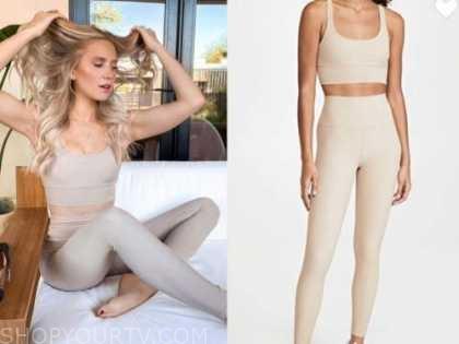 lauren burnham, the bachelor, beige sports bra and leggings