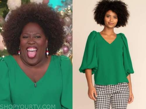 sheryl underwood, green v-neck blouse, the talk