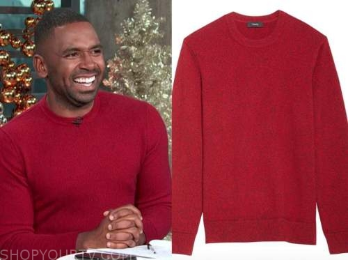 justin sylvester, E! news, daily pop, red crewneck sweater
