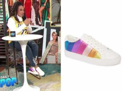 kym whitley, E! news, daily pop, metallic stripe sneakers