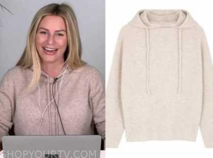 morgan stewart, E! news, daily pop, beige cashmere hoodie sweater