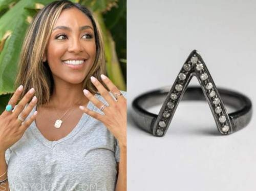 tayshia adams, the bachelorette, v-shape ring