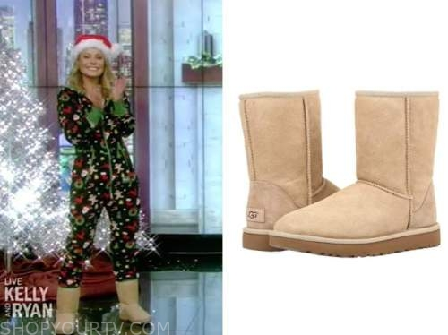 kelly ripa, beige ugg boots, live with kelly and ryan