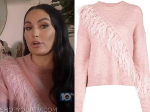 nikki bella, pink feather sweater, live with kelly and ryan