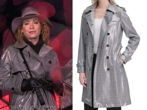 ginger zee, good morning america, grey vinyl plaid trench coat
