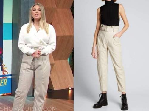 carissa culiner, E! news, daily pop, beige leather belted pants