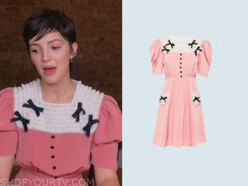 ella hunt, pink ruffle bow dress, the kelly clarkson show