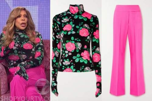 wendy williams, the wendy williams show, black and pink floral turtleneck, pink pants