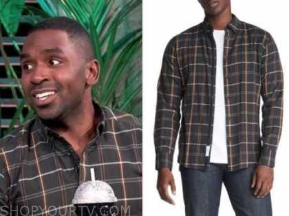 justin sylvester, E! news, daily pop, black plaid shirt