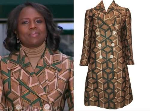 good morning america, deborah roberts, brown geometric double breasted coat