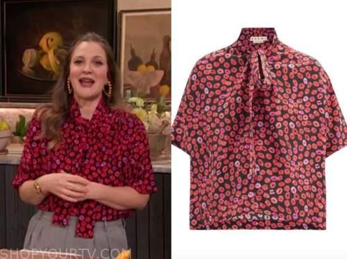 drew barrymore, drew barrymore show, lip print tie neck blouse