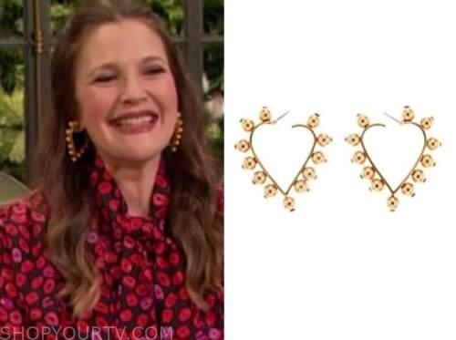 drew barrymore, drew barrymore show, gold studded hoop heart earrings