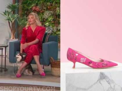 amanda kloots, the talk, pink kitten heels