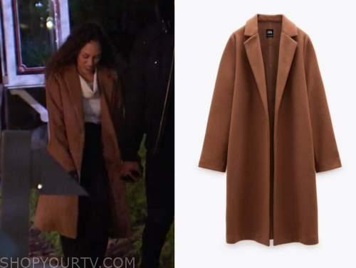 serena pitt, the bachelor, brown coat