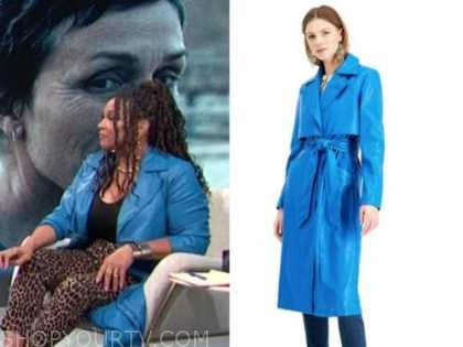 kym whitley, E! news, daily pop, blue leather trench coat