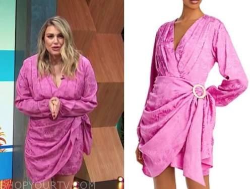 carissa culiner, E! news, daily pop, pink long sleeve wrap mini dress