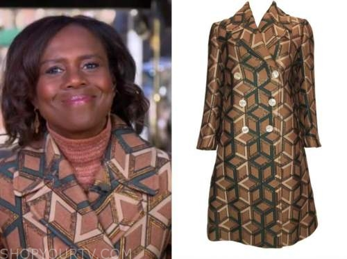 deborah roberts, good morning america, brown geometric coat