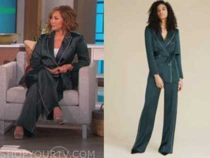 carrie ann inaba, the talk, green blazer and pant suit