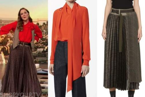 drew barrymore, drew barrymore show, red orange tie neck blouse, pleated plaid skirt