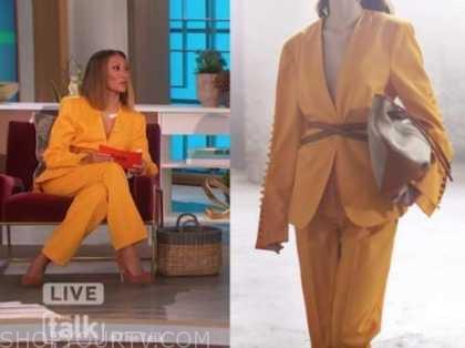 elaine welteroth, orange blazer and pant suit, the talk