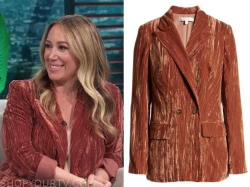 haylie duff, E! news, daily pop, rust orange blazer