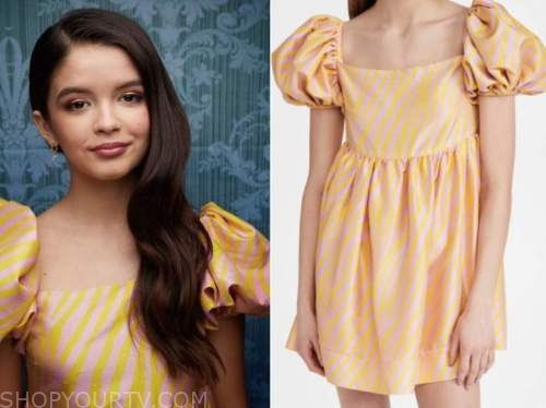 yaya gosselin, the kelly clarkson show, yellow and pink zebra stripe dress