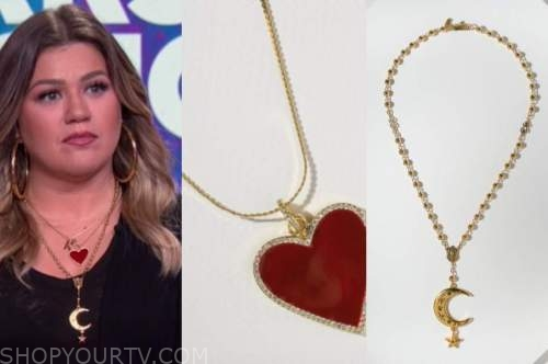 kelly clarkson, the kelly clarkson show, red heart necklace, moon star necklace