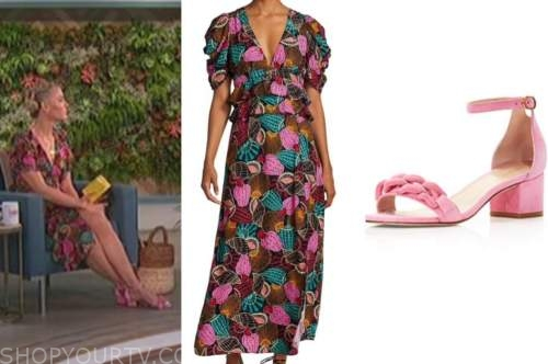 amanda kloots, the talk, shell print midi dress, pink chain sandals