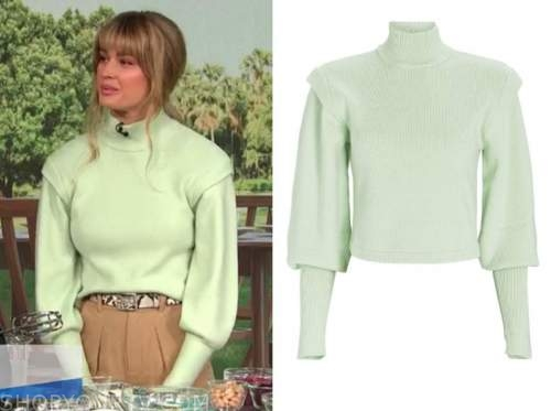 shayna taylor, E! news, daily pop, mint green turtleneck sweater