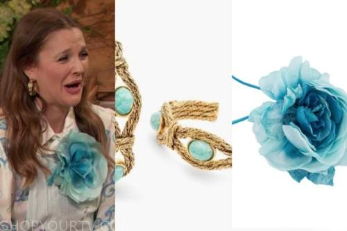 drew barrymore, drew barrymore show, blue flower brooch, gold turquoise earrings