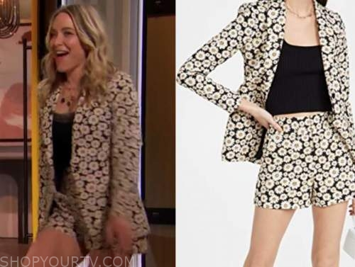 jenny mollen, drew barrymore show, daisy floral blazer and shorts