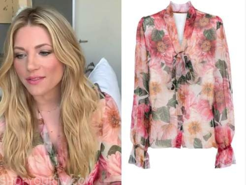 katheryn winnick, big sky, live with kelly and ryan, floral tie neck blouse