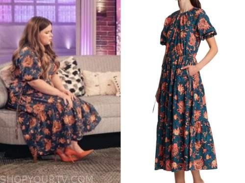 jessie ennis, the kelly clarkson show, navy blue and orange printed midi dress