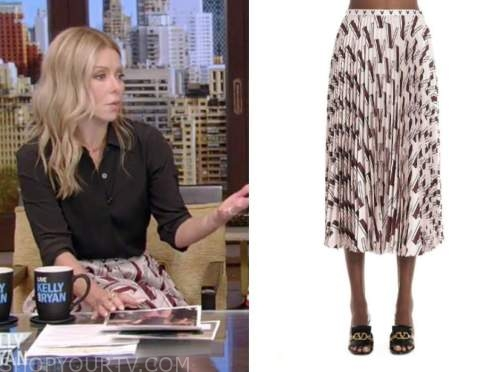 live with kelly and ryan, kelly ripa, pink pleated printed midi skirt