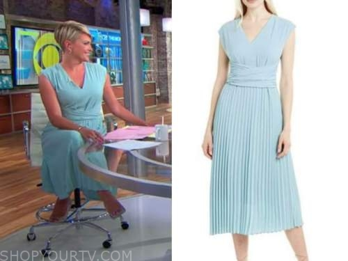 jamie yuccas, cbs this morning, blue pleated dress
