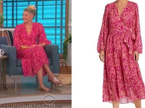 amanda kloots, the talk, pink printed wrap dress