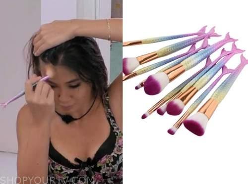 kyra lizama, love island usa, makeup mermaid brushes