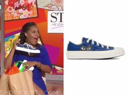 sheinelle jones, the today show, blue and black heart sneakers