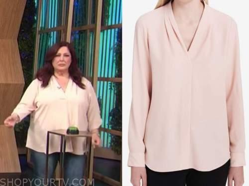 Carnie Wilson, blush pink top, E! news, daily pop
