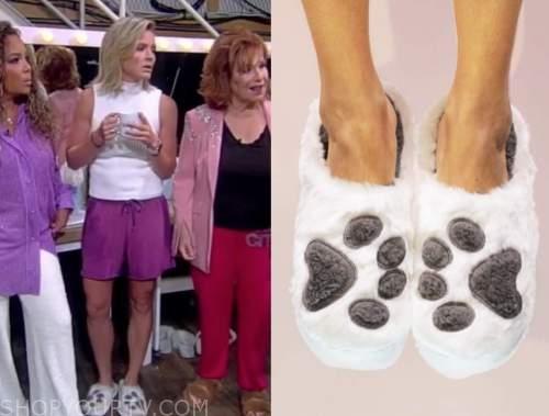 Sara Haines, the view, white paw print slippers