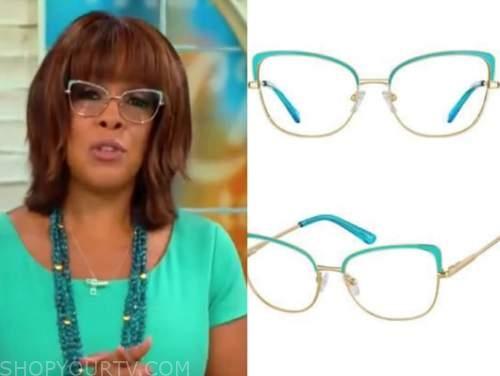 Gayle King, cbs mornings, turquoise blue framed glasses