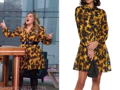Kelly Clarkson, the Kelly Clarkson show, yellow and black floral dress