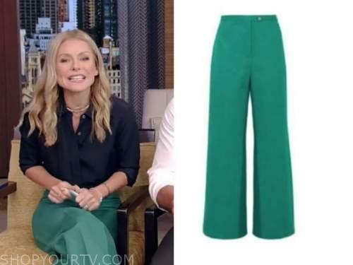 Kelly Ripa, live with kelly and Ryan, green pants