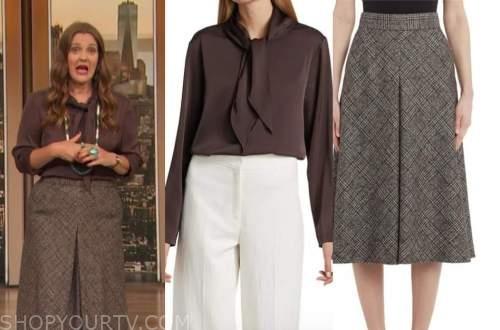 drew barrymore, drew barrymore show, brown tie neck blouse, plaid wool skirt