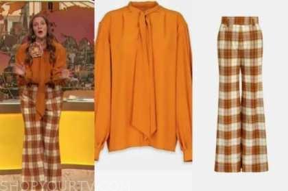 drew barrymore, drew barrymore show, orange tie neck top, orangep plaid pants